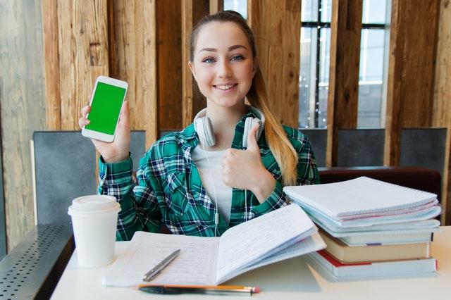 4 Keuntungan Belajar Bahasa Jerman Online Ternyata Lebih Efektif