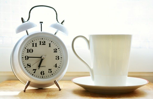 jam dalam bahasa jerman