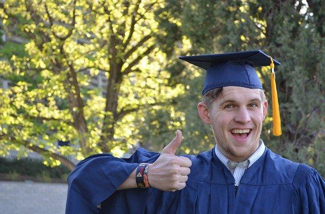 bachelor degree adalah